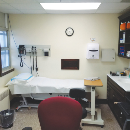 Photo of health care room at a federal penitentiary